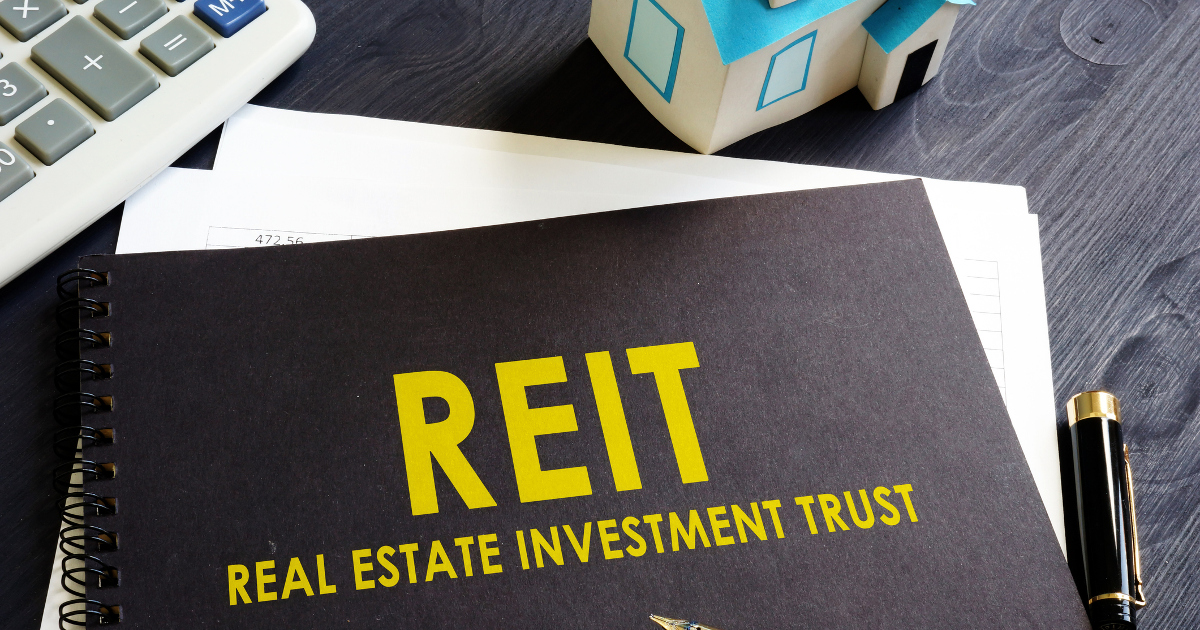 A Niche REIT and High-Yield Dividend Superstar